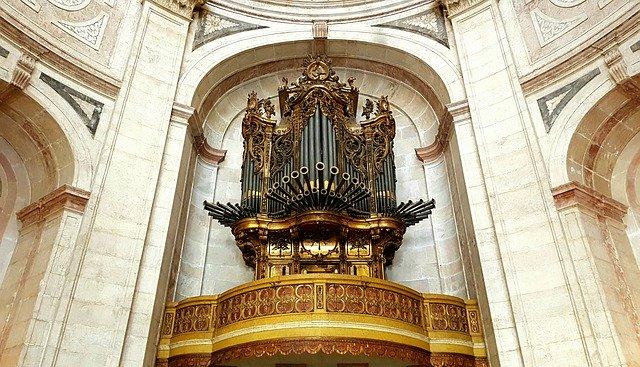 La paroisse Saint-Léonard à l'Haÿ-les-Roses recherche un organiste