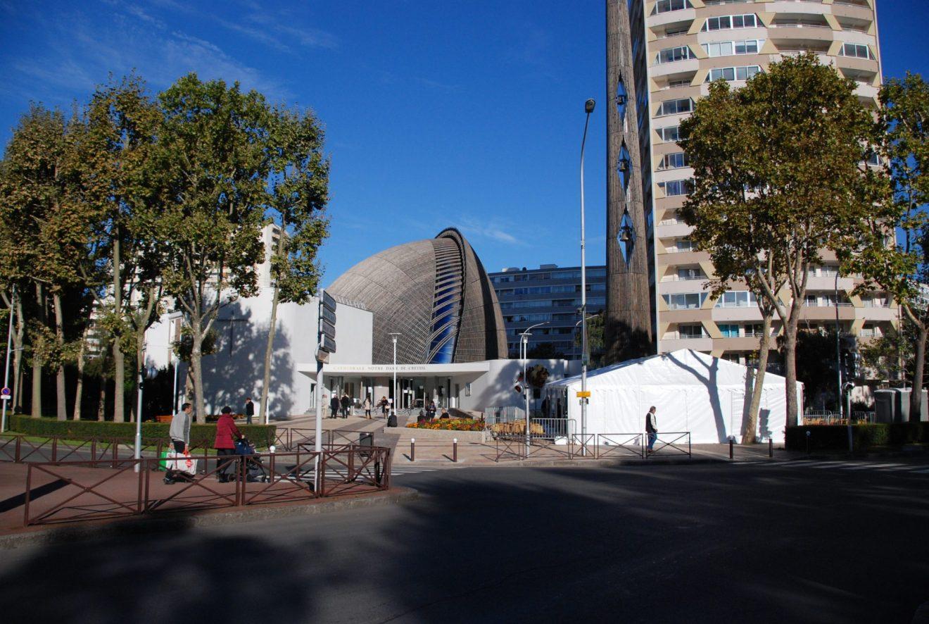 Cathédrale extérieur ND de Créteil 2 (2)
